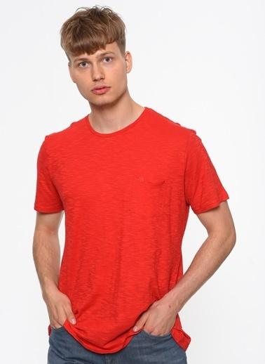 Mavi Cepli Tişört Kırmızı